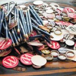WordPress buttons, stickers, and pins… Oh My!